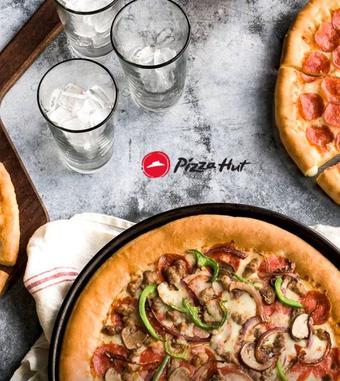 Pizza Hut folheto promocional (válido de 10 ate 17 13-01)