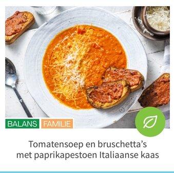 Tomatensoep en bruschetta's met paprikapestoen Italiaanse kaas